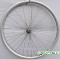 """Переднее колесо 26"""" с алюминиевым двойным ободом с осью диаметром 10 мм."""