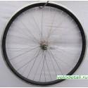 """Переднее колесо 26"""" с двойным алюминиевым ободом, с передней втулкой диаметром оси 10 мм, зажимается эксцентриком."""