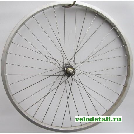 """Переднее колесо 24"""" с алюминиевым ободом, с хромированной задней втулкой с креплением на гайках."""