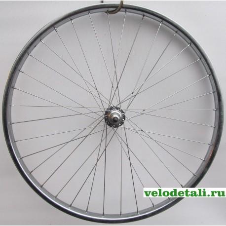 """Заднее колесо 26"""" с хромированным ободом, с хромированной задней втулкой, крепится гайками, с осью 9,5 мм."""